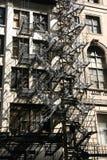 Escaliers de la vieille construction photo stock