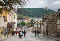 Escaliers de paroisse dans Zilina slovakia photographie stock libre de droits