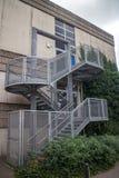 Escaliers de sortie de secours Images stock