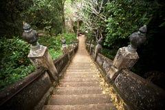 Escaliers de vieux temple Photo libre de droits