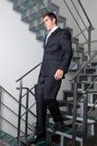 Escaliers de Walking Down The d'homme d'affaires photo libre de droits