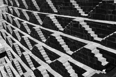 Escaliers de stepwell de Chand Baori Photo libre de droits
