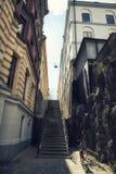 Escaliers et bicyclette images stock