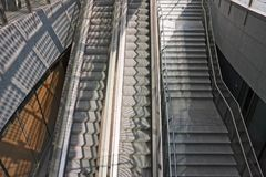 Escaliers et escalators Photos stock