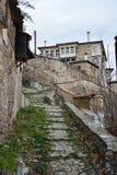 Escaliers pavés par pierre Photo libre de droits