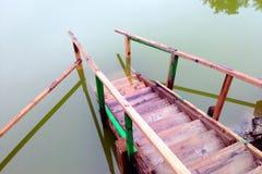 Escaliers qui mènent nulle part Image stock