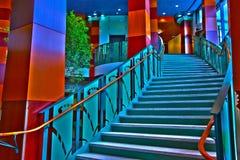 Escaliers rêveurs du lobby Photos stock