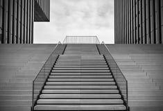 escaliers vides Photos libres de droits