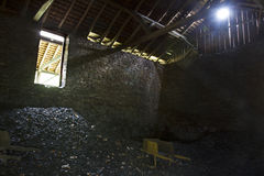 Escaninho de carvão Imagens de Stock