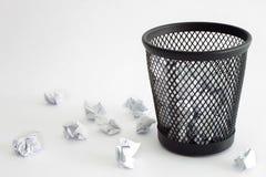 Escaninho de lixo Imagens de Stock Royalty Free