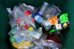 Escaninho, lixo muito pilha de lixo do saco de plástico waste e garrafa da vista superior, plástico Waste muitos fotos de stock royalty free