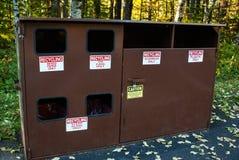 Escaninhos de reciclagem rústicos imagem de stock royalty free
