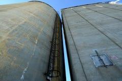 Escaninhos do elevador de grão para cima em Washington central Fotos de Stock Royalty Free