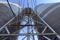 Escaninhos e andaime do elevador de grão em Washington central Imagem de Stock Royalty Free