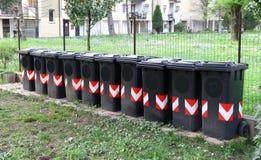 Escaninhos para a coleção separada da severidade 8 dos desperdícios Fotografia de Stock