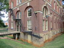 Escape de fogo visto em terras de UVA, Charlottesville, Virgínia Imagens de Stock Royalty Free