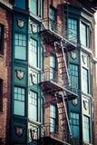 Escape de fuego en un edificio viejo Imagen de archivo