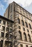 Escape de fuego en un edificio viejo Imagen de archivo libre de regalías