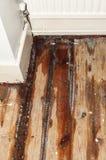 Escape del agua en una casa doméstica Foto de archivo