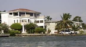 Escape tropical - cidade do rio de Belize, Belize Foto de Stock