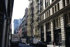 Escapes de fogo exteriores em New York City imagem de stock royalty free