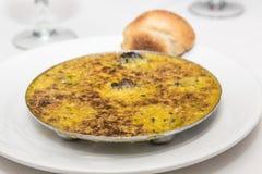 Escargot na manteiga com pão imagem de stock royalty free