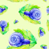 Escargot pourpre abstrait sur une grande feuille verte Illustration d'aquarelle d'isolement sur le fond jaune Configuration sans  illustration libre de droits
