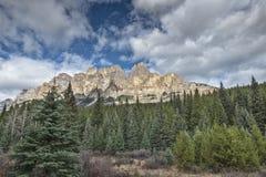 Escarpment Альберта Канада замка Стоковая Фотография
