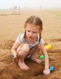 Escavação na praia Fotografia de Stock