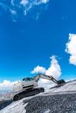 Escavatore che funziona nelle alte alpi Austria Fotografie Stock