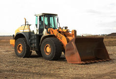 Escavatore con la grande tazza Fotografie Stock Libere da Diritti