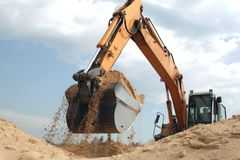 Escavatore a cucchiaia rovescia funzionante Fotografie Stock