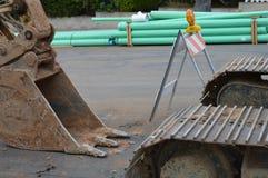 Escavatore a cucchiaia rovescia in un cantiere Immagine Stock