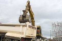 Escavatore nell'azione Immagine Stock