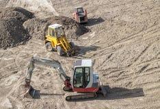 Escavatori parcheggiati Fotografie Stock Libere da Diritti