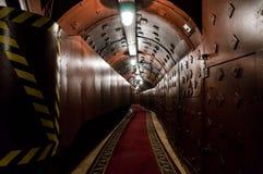 Escave um túnel em Bunker-42, facilidade subterrânea antinuclear construída em 1956 como o cargo de comando de forças nucleares e fotos de stock