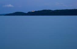 Escena azul después de la puesta del sol Foto de archivo