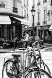 Escena BW 1 de la calle de París Imagenes de archivo