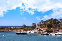 Escena de la bahía (centro turístico tropical) fotos de archivo libres de regalías