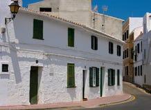 Escena de la calle de Fornells, Menorca Fotografía de archivo