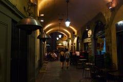 Escena de la calle en la ciudad vieja de Florencia Foto de archivo libre de regalías