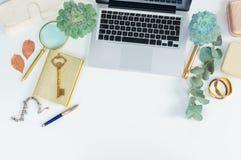 Escena de la mesa de la oficina Imagen de archivo libre de regalías