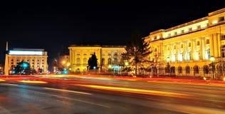 Escena de la noche de Bucarest foto de archivo