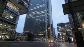 Escena de la noche de Canary Wharf metrajes