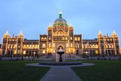 Escena de la noche de la ciudad de Victoria imagen de archivo
