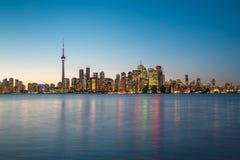 Escena de la noche de Toronto céntrico Imagen de archivo libre de regalías