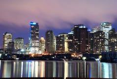 Escena de la noche de Vancouver céntrica Imagen de archivo libre de regalías