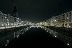 Escena de la noche del canal de Gothenburg Foto de archivo libre de regalías