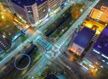 Escena de la noche de Sapporo, Japón Imagen de archivo