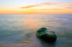 Escena de la tarde en el mar Foto de archivo libre de regalías